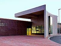 Centro-Penitenciario-Puig-de-Les-Basses-01