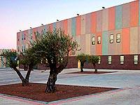 Centro-Penitenciario-Puig-de-Les-Basses-04