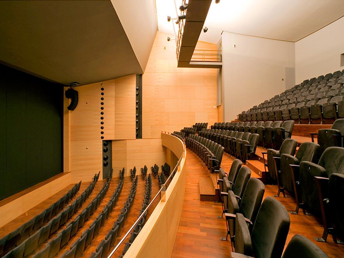 Teatro-Cooperativa-de-Barbera-del-Valles-02