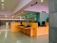 Biblioteca-Joan-Petit-i-Aguilar-de-Sant-Feliu-de-Codines-02