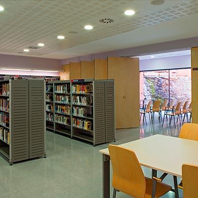 Biblioteca-Joan-Petit-i-Aguilar-de-Sant-Feliu-de-Codines-imagen-destacada