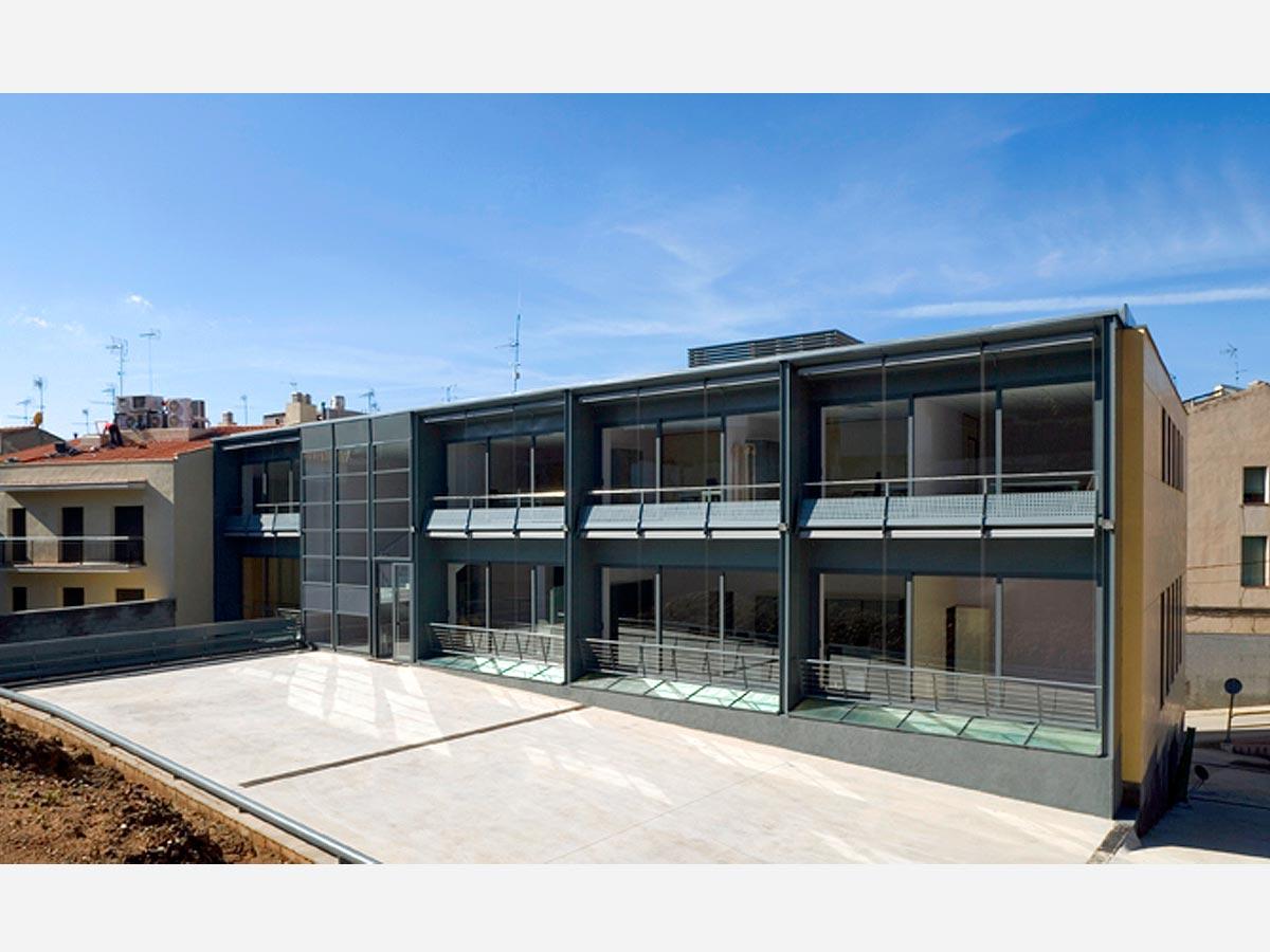 Casa-consistorial-de-Sant-Feliu-de-Codines-03