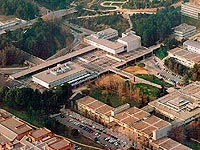 Plaza-civica-de-la-UAB-01