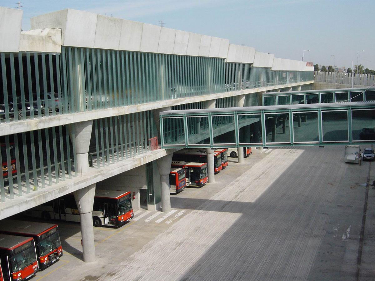 Arquitectos especialista en infraestructuras para el transporte y diseño de cocheras