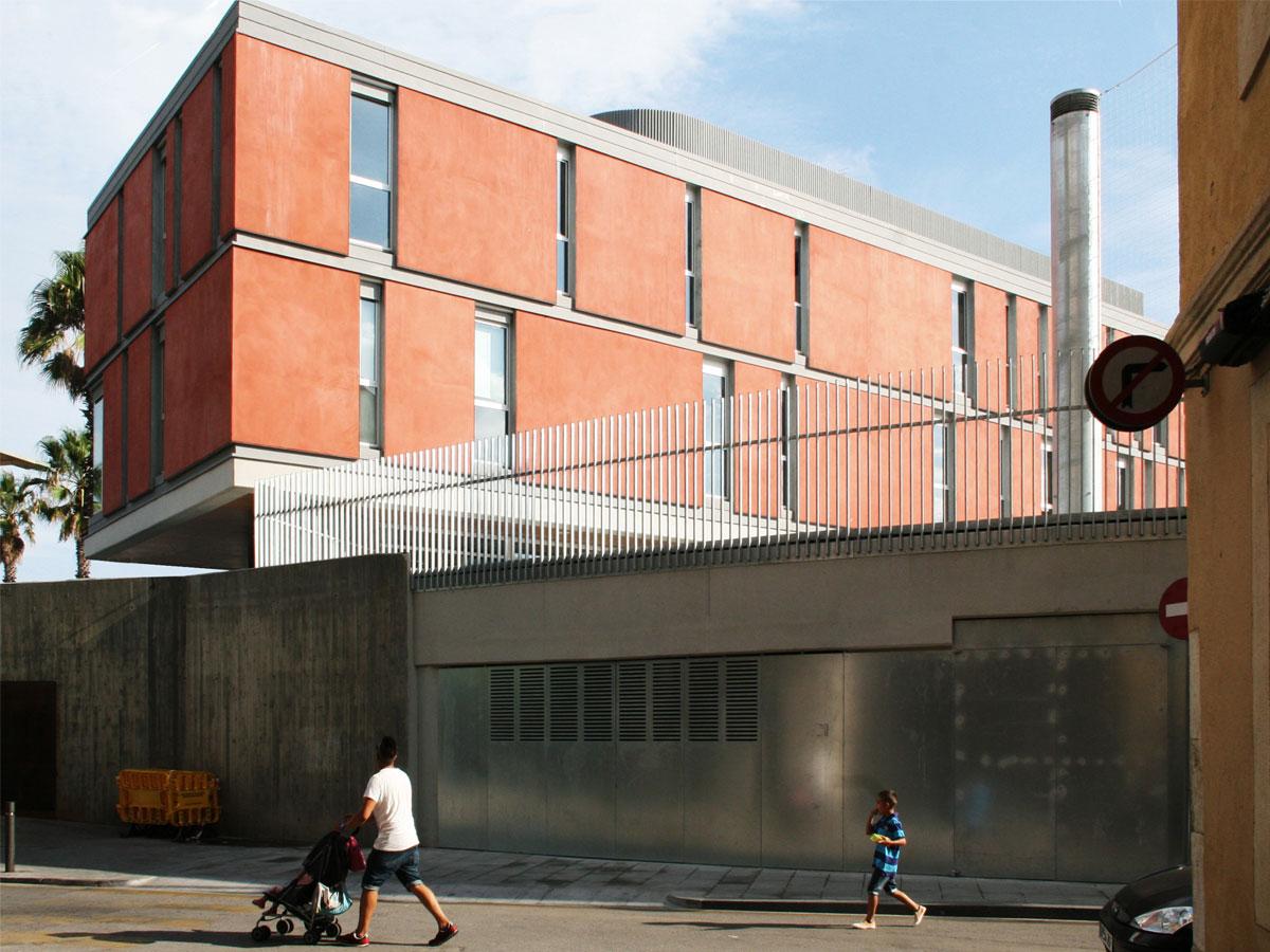 Escuela en la Barceloneta. Arquitecura y diseño de espacios para la enseñanza